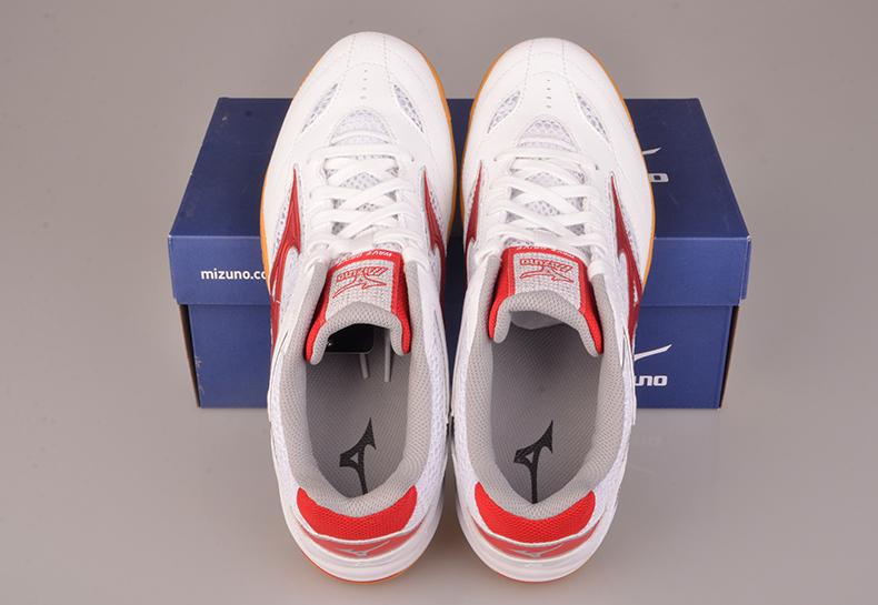 美津浓 WAVE DRIVE 8乒乓球鞋