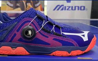 低调的奢华!美津浓 WAVE MEDAL BOA(81GA201220)乒鞋